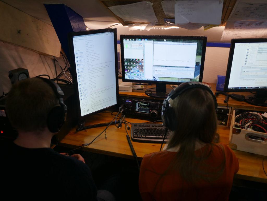 Henrik, LB5DH og Kristin, LB2NH kjører 40m